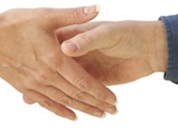 Normal_samenwerken_hand_schudden